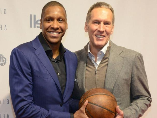 Bryan Colangelo, Masai Ujiri are posing for a picture