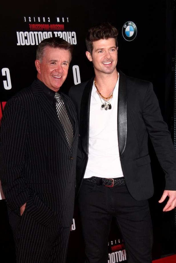 Robin Thicke, Alan Thicke posing for the camera: Robin Thicke and Alan Thicke attend the