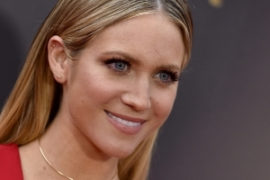 Brittany Snow almost got her forehead scar removed but 'chose to embrace it' instead