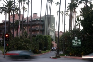It was a Trump favorite. Now lawyers want the famously discreet Beverly Hills Hotel to share its secrets.