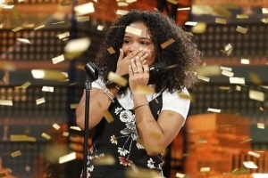 Amanda Mena, 15, triumphs over bullies on 'America's Got Talent' singing 'Natural Woman'
