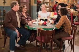Roseanne Spinoff Inches Closer to Reality, but 'There Are Still Issues to Hash Out,' Source Says