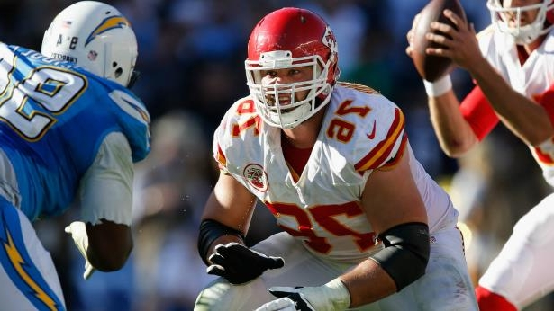 Sport  NFL reportedly tells Chiefs  Laurent Duvernay-Tardif he can t ... 534718f42