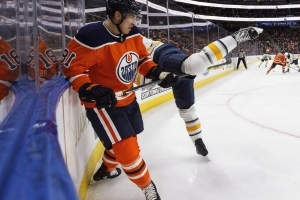 Roster review: Edmonton Oilers qualify three restricted free agents, allow three others to walk