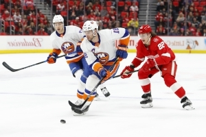 NHL free agency: Center market deep from Tavares and beyond