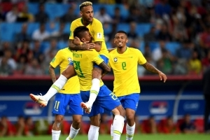 Brazil eases into Round of 16 with win over Serbia