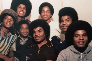 How the Jackson Family Is Coping After Death of Patriarch Joe (Exclusive)