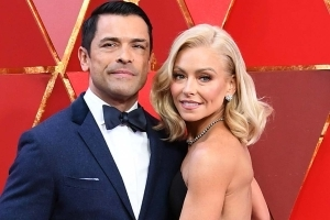 Kelly Ripa Claps Back at Troll Questioning Her Work Ethic During Vacation With Mark Consuelos