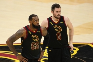 Cavs insist they won't trade Kevin Love if LeBron James leaves