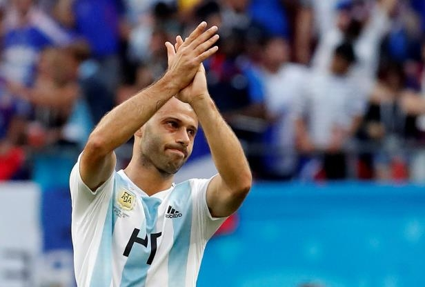 Sport: 'It's time to say goodbye', says Javier Mascherano as Argentina  legend confirms international retirement after shattering World Cup defeat  by France - PressFrom - United Kingdom