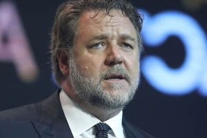 Logies 2018: Russell Crowe does not agree with Grant Denyer winning the Gold Logie, calls out industry 'boys club gag'