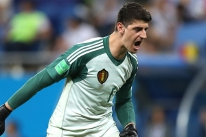 Courtois to decide on his Chelsea future after the World Cup