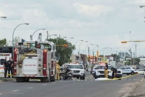 One man dead after collision between truck and motorcycle on Park Street