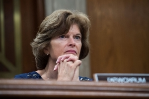 The Latest: Murkowski wants Kennedy-like high court nominee