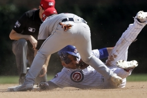 Rizzo, Schwarber lead Cubs to 5th win in row