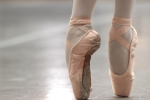 Class-action lawsuit OK'd against Royal Winnipeg Ballet, photographer