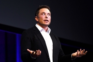 Elon Musk has offered to help rescue the Thai soccer team stuck in a cave