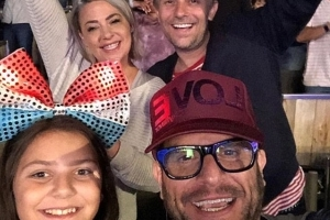 Lisa Armstrong reunites with her Deuce bandmate Craig Young as she continues healthy Los Angeles break with Hollywood Bowl gig