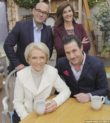 Nia Vardalos, Mary Berry sitting posing for the camera: Separate ways: Nia and Ian (above on The Great American Baking Show with Johnny Iuzzini and Mary Berry in 2016) released a statement addressing their split shortly which read: 'We've been respectfully separated for a lengthy period of time.