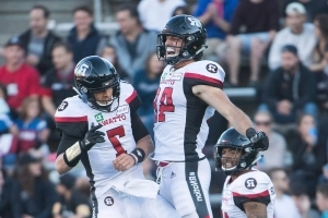 Trevor Harris throws 3 TDs to lift Redblacks over Alouettes