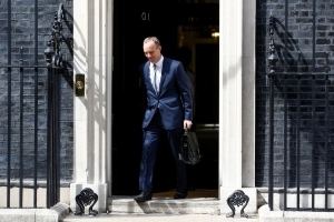 May ernennt neuen Brexit-Minister Dominic Raab