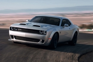 Reviews 2019 Dodge Challenger Srt Hellcat Redeye Is The Demon Spawn