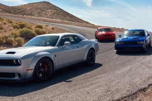 Reviews: 2019 Dodge Challenger R/T Scat Pack 392 and Hellcat
