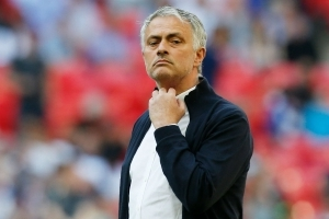 'Don't be like Liverpool!' – Man Utd must be patient with Mourinho, says Bosnich