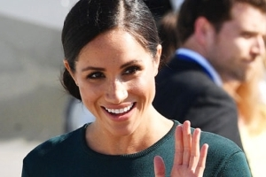 Meghan Markle breaks royal rules as she stuns in emerald green ensemble
