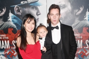 Passenger details Jonathan Rhys Meyers' sad in-flight meltdown, fight with wife