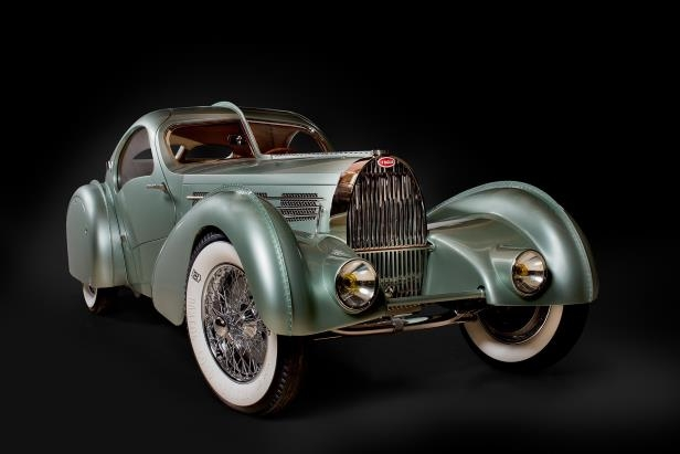 Slide 18 of 44: Bugatti-Aerolithe_front3qview.jpg