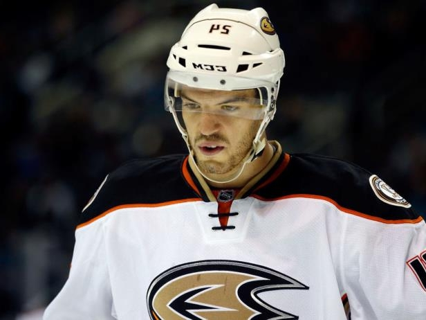 Canadiens invite Despres to training camp on pro tryout offer