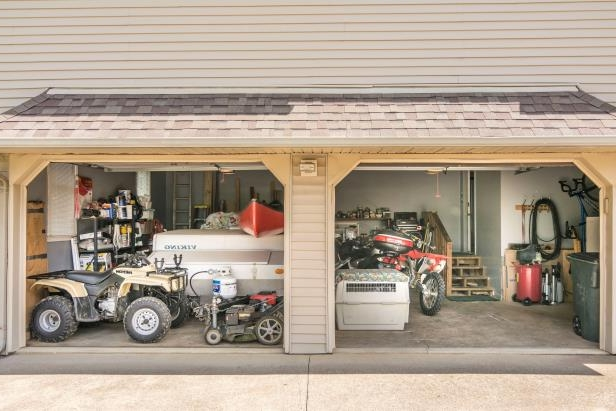 Dual garage of middle-class American home in Kentucky. (Photo by: Education Images/UIG via Getty Images)