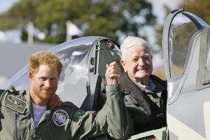 Tributes paid to Battle of Britain ace who dies aged 97