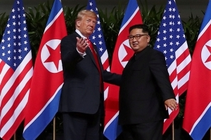 Trump hails 'very nice note' from North Korean leader Kim during UK visit