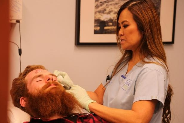 Entertainment: Dr  Pimple Popper just might be the best medical show