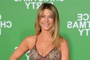 Here's what Jennifer Aniston eats — and how she exercises — to stay in killer shape