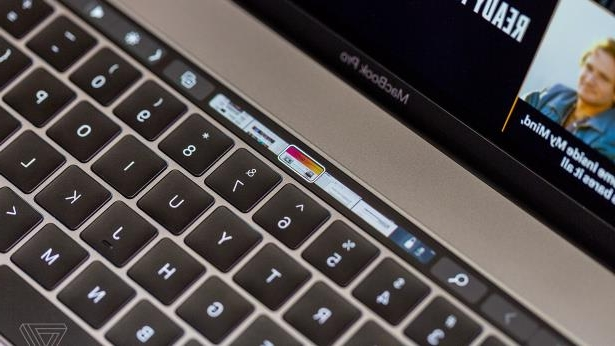 Offbeat: Apple's T2 chips may be causing problems on 2018 MacBook