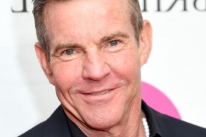 Dennis Quaid sued for allegedly smoking on an airplane ... in 2016