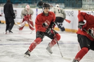 Pair of vets lead Canadian junior hockey roster