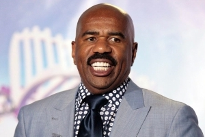 Steve Harvey returns as 2018 Miss Universe host