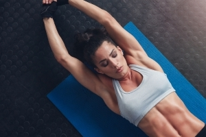 Harvard doctors say this neglected move is a better way to get strong abs than sit-ups