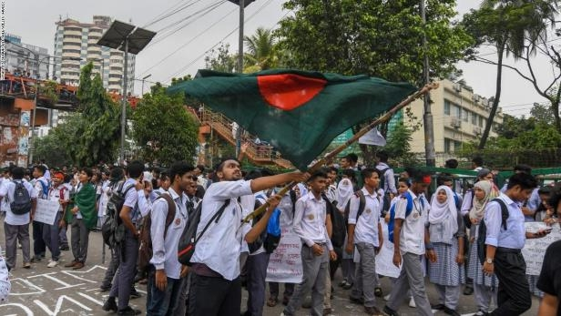 World: Bangladesh students protest for seventh day following deadly