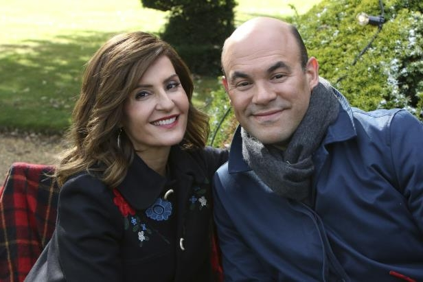 Slide 2 of 92: Nia Vardalos is ending her long marriage to Ian Gomez. The