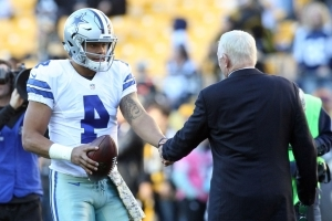 Jerry Jones 'so proud' of Cowboys QB Dak Prescott for not protesting during anthem