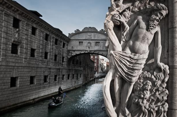 Slide 18 of 19: Ponte dei Sospiri bridge. Venice. Veneto. Italy. Europe. (Photo by: Michele Stanzione/REDA&CO/UIG via Getty Images)