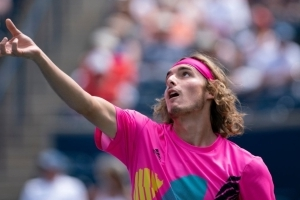 Tsitsipas upsets defending champ Zverev to continue dream Rogers Cup run