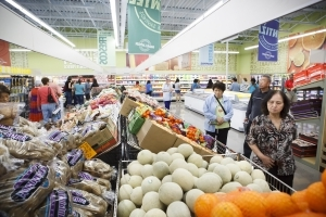 Money: Look out, Aldi and Woolworths: American supermarket