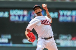 Twins pitcher Ervin Santana blasts team's front office