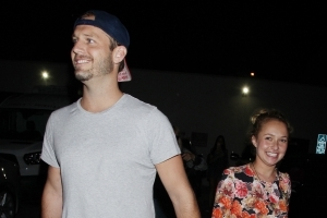 Hayden Panettiere's mom is not a fan of daughter's new beau